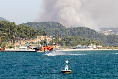 Υπό μερικό έλεγχο οι φωτιές στην Κεφαλονιά (9 μ.μ.)