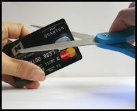 Διευκρινήσεις για τη ρύθμιση των χρεών των υπερχρεωμένων νοικοκυριών