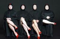 """""""Τα Κορίτσια με τα Μαύρα"""" στο Αργοστόλι και το Ληξούρι"""