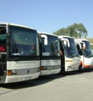 Σε ΤΑΞΙ και ΚΤΕΛ και φέτος η μεταφορά των μαθητών στην Κεφαλονιά