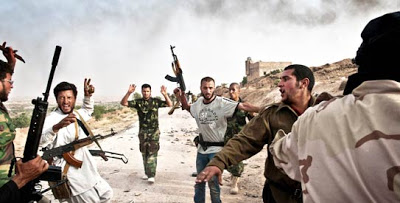 «Μία ακόμη πόλη και ο Καντάφι έχει τελειώσει» λένε οι Λίβυοι αντικαθεστωτικοί