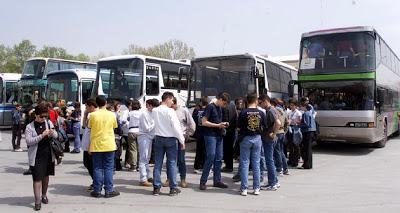 Στους Δήμους η μεταφορά των μαθητών