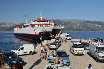 Πέφτουν σήμερα οι υπογραφές για το λιμάνι του Πισαετού