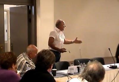 Δημοτικό Συμβούλιο Κεφαλονιάς: Αποχωρήσεις και καυγάδες (video)