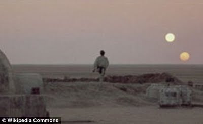 Ο πρώτος πλανήτης σε τροχιά δύο Ήλιων