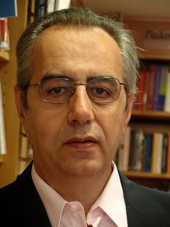 Κώστας Μελάς (καθηγητής στο Πάντειο και στο Πανεπ. Πειραιά): Οι τράπεζες ν' ανήκουν στους καταθέτες, όχι στους μετόχους