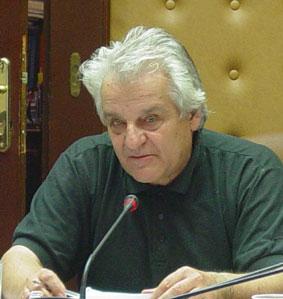 Σπύρος Αρσένης: «Aπεργοστπάστης» ο δήμαρχος Iθάκης. Το Δημοτικό Συμβούλιο δεν υπάκουσε στην εντολή των… αδελφών.