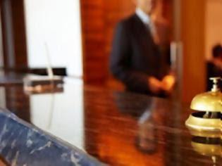 ΣΥΡΙΖΑ-ΕΚΜ: Να αλλάξουν οι όροι του επιδόματος ανεργίας για τους εργαζόμενους στον τουρισμό